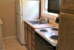 kitchen_413-jefferson-street_iowa-city_j-and-j-apartments