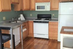 516-8 Kitchen