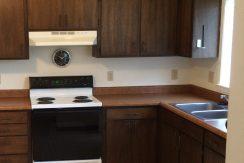 kitchen_2417-petsel_iowa-city_j-and-j-apartments