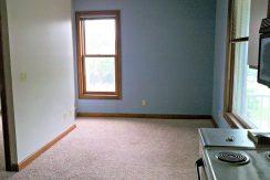 living-room_624-clinton_iowa-city_j-and-j-apartments