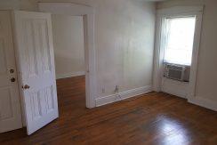 living-room_630-johnson-4_iowa-city_j-and-j-apartments