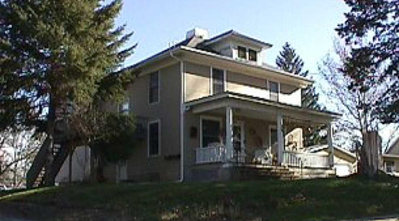 1118 ½ Prairie Du Chien Rd. – 3 Bedroom