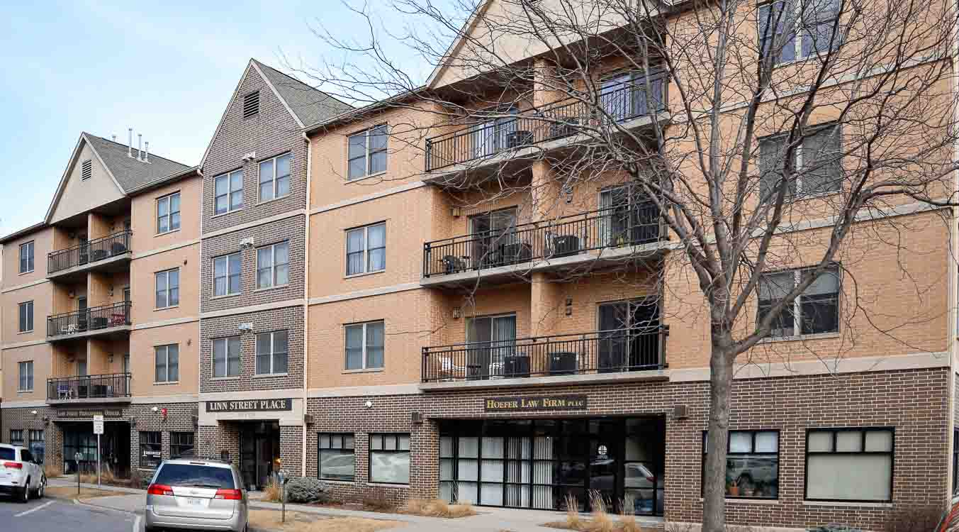 1 bedroom apartments iowa city. 332 s. linn st. #405, 407- 1 bedroom apartments iowa city b