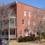 624 south clinton street - iowa city j and j apartments