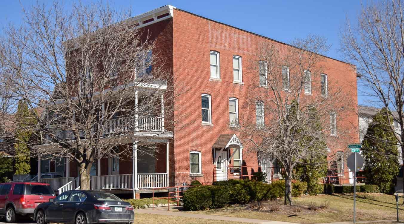 624 S. Clinton St. #7, 11, 12 – 2 Bedrooms