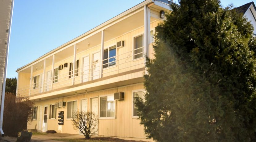 634-south-johnson-street_iowa-city_j-and-j-apartments