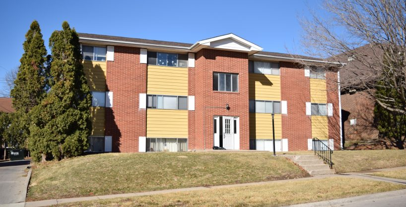906 20th avenue place - coralville - j and j apartments