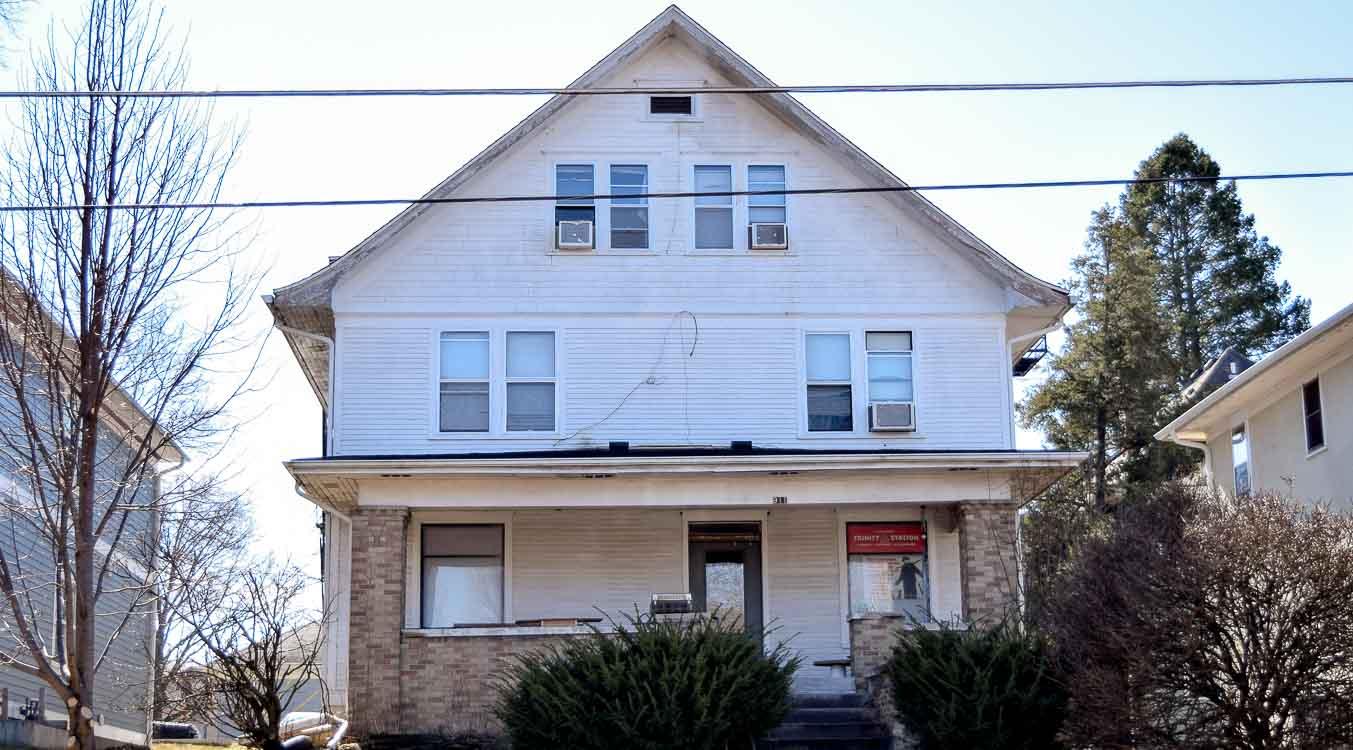 2 bedroom condos iowa city for Iowa city one bedroom apartments