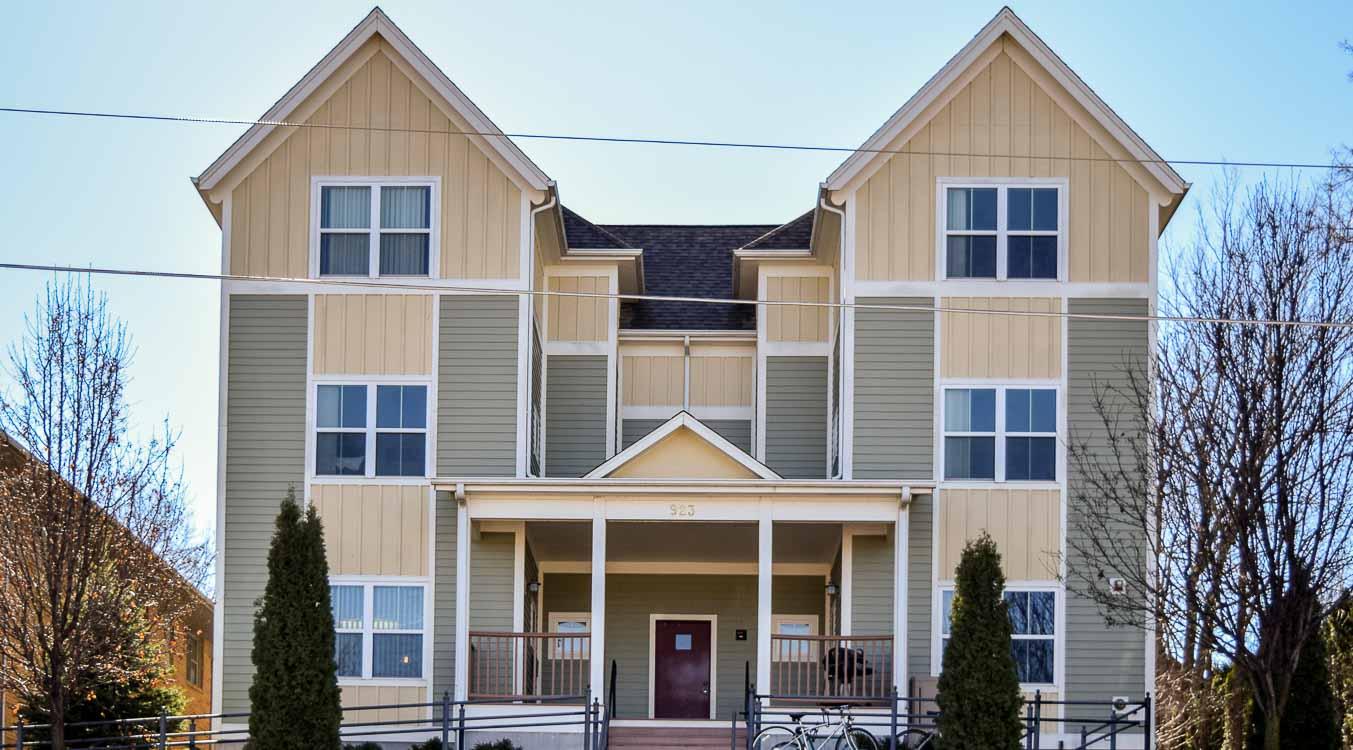 3 bedroom apartments iowa city beautiful 3 bedroom 2 bath condo 1495 special house for rent