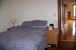bedroom_1118-prairie-du-chien-road-2_iowa-city_j-and-j-apartments