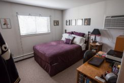 bedroom_902-20th-avenue-place_coralville_j-and-j-apartments