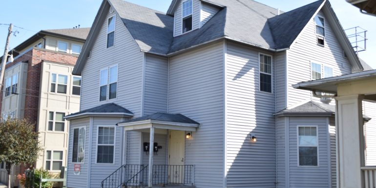 113-east-prentiss-street_iowa-city_j-and-j-apartments