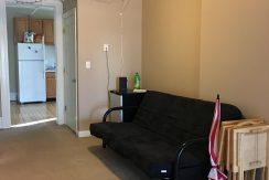 livimg-room2_611-clinton_iowa-city_j-