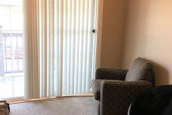 living-room_611-clinton_iowa-city_j-and-j-apartments