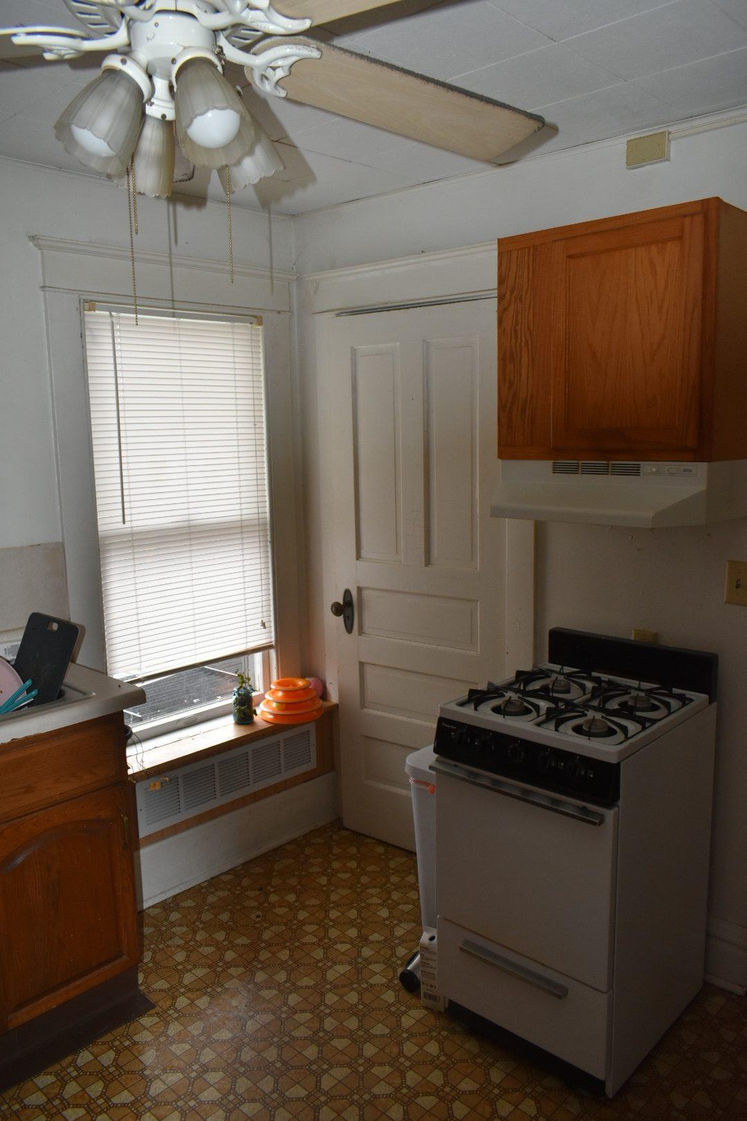 605 #3 stove